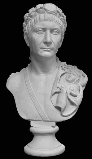 B216 Imperatore Traiano