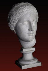 B273 Venere testa, particolare di statua