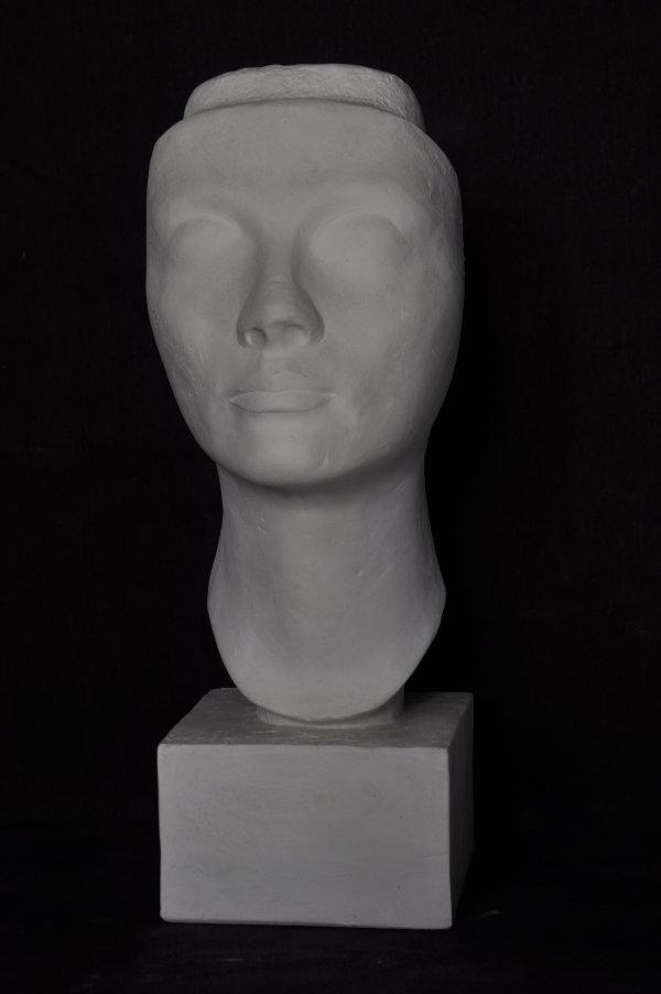 B128 Regina Nefertiti
