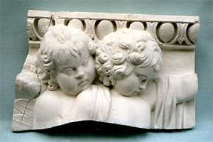 R034  Putti -Side