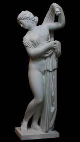 S006       Venere al bagno
