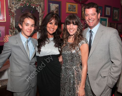 Linda Lusardi, Sam Kane and family