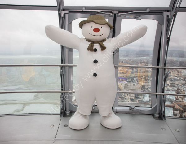 The Snowman on i360