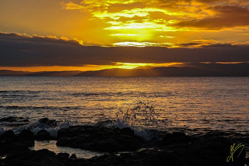 Sunset at Coles Bay, Freycinet National Park, Tasmania.