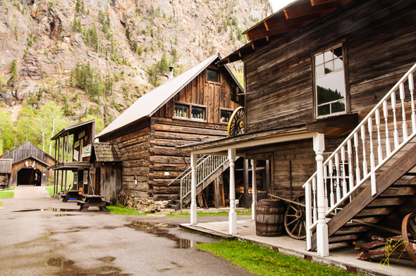 "3 Valley Gap, ""Ghost Town""."