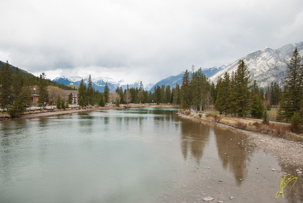 Bow River, Banff Town.