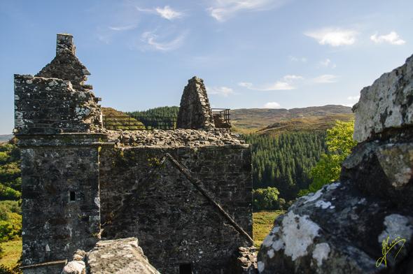 Carnassarie Castle.