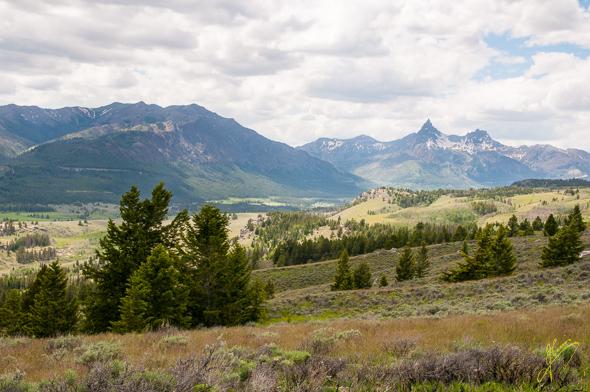 Index and Pilot Peak View.