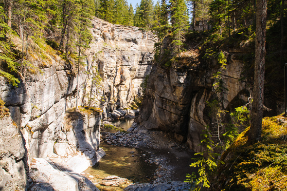 Maligne Canyon.