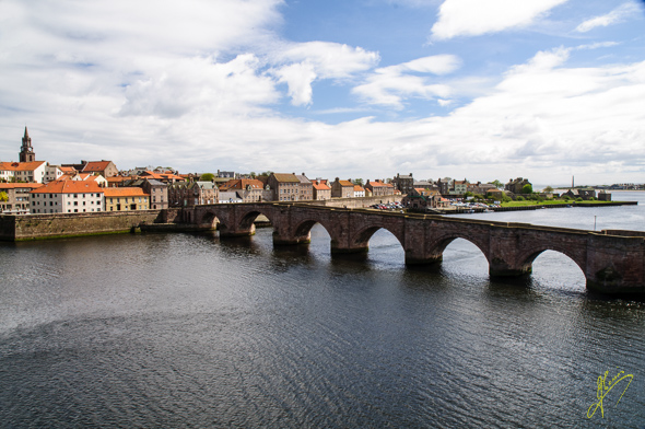The Old Bridge and River Tweed.