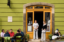 Ruszwurm Cukraszda Cafe - Castle District