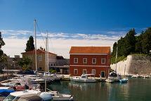 Chain Gate Harbour, Zadar