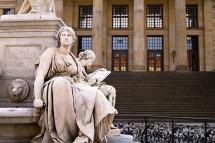 Museum Quarter Statue