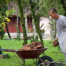 Brickie monk