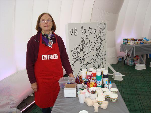 Sandra Tomlinson at Winter Art