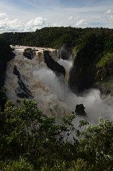 MH0048 Barron falls in flood RS