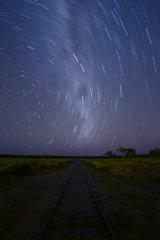 MH0082 Savannahlander Railway Star Trails RS