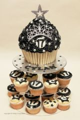 Black and white giant cupcakes