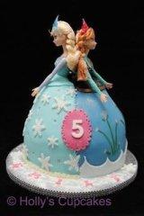 Ana and Elsa cake