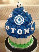 Chelsea giant cupcake
