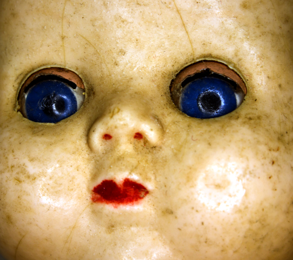 Old doll face