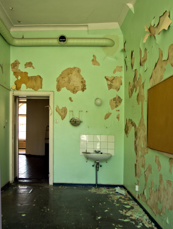 Lapinlahti psychiatric hospital before restoration in 2016