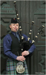 They'll be piping in the Highlands tonight!!!!