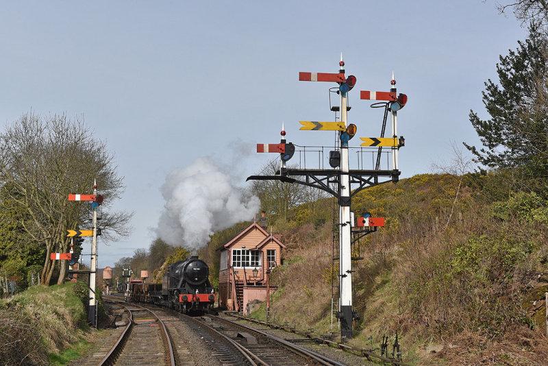 Passing Bewdley signal box