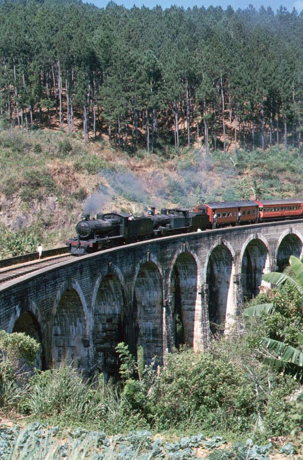 4-6-0's No 340 and No 213 crossing a viaduct. No 340 was built by Robert Stephenson and Hawthorn in 1944 and No 213 was built by Vulcan in 1922.
