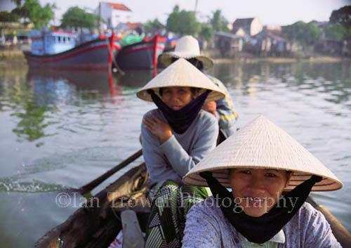 Rowing Women, Nha Trang