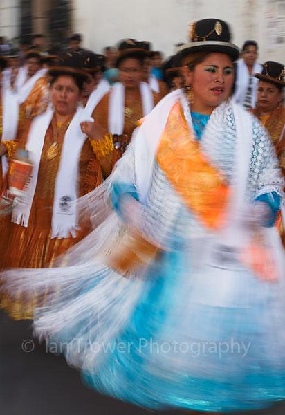 Festival dancers, Sucre