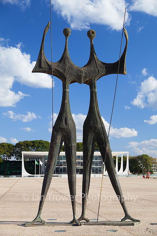 Two Labourers sculpture, Brasilia