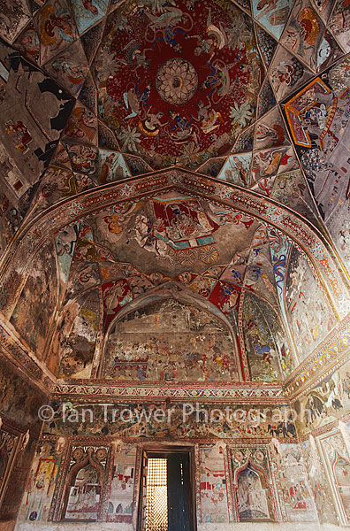 Ceiling murals in Bundi Palace, Bundi