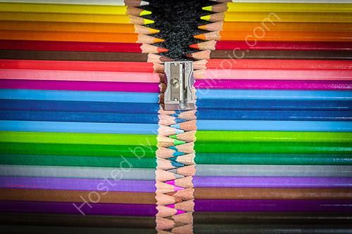 HC. Colour fastener