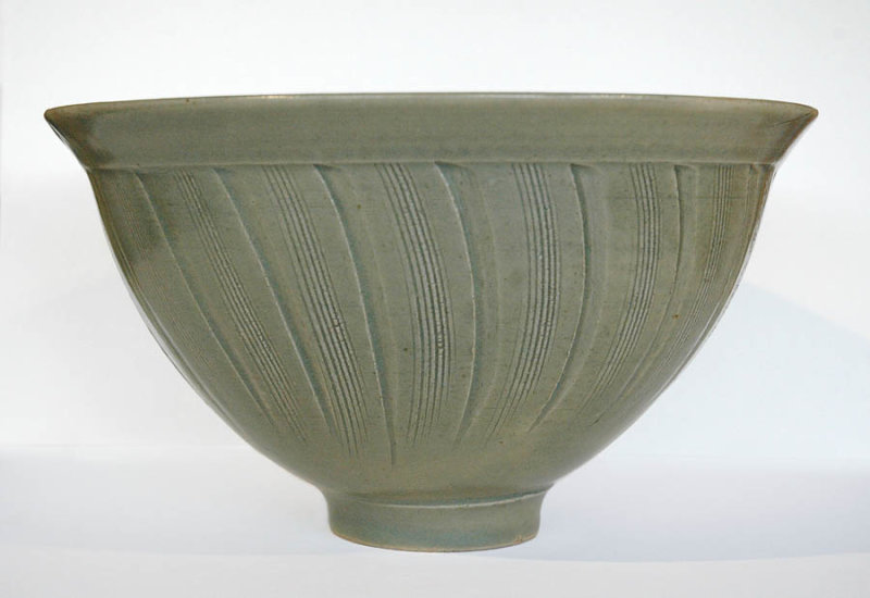 Large Incised Bowl