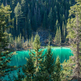 Emerald colours,  Banff National Park, Canada