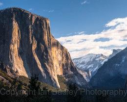 El Capitan mountain rock face and Tunnel View, Yosemite National Park, California, USA