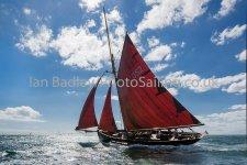 Jolie Brise sets sail
