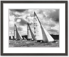 Classic yachts in the Solent racing