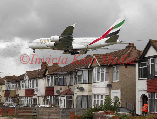 Emirates Airbus A380 approaching Heathrow over Myrtle Road