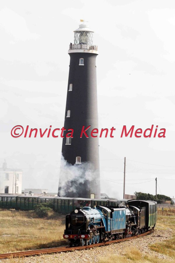 4-6-2 Pacific locomotive Hurricane, Designed by Henry Greenly<br> Built by Davey Paxman & Co., (16044) in 1927, seen leaving Dungeness station with the Old Lighthouse in the background.