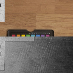 Footprint on wooden floor revealed by UV reflectance imaging