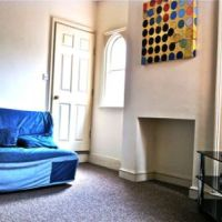 Living room in 18 Hastings Street available to let to 5 students of Loughborough University.
