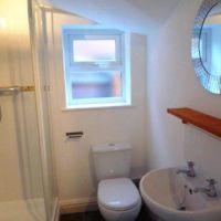 Luxury bathroom, 53 William Street, 6 bedroom Loughborough student house.