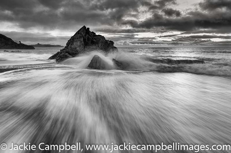 Whiterock, High tide Black and White