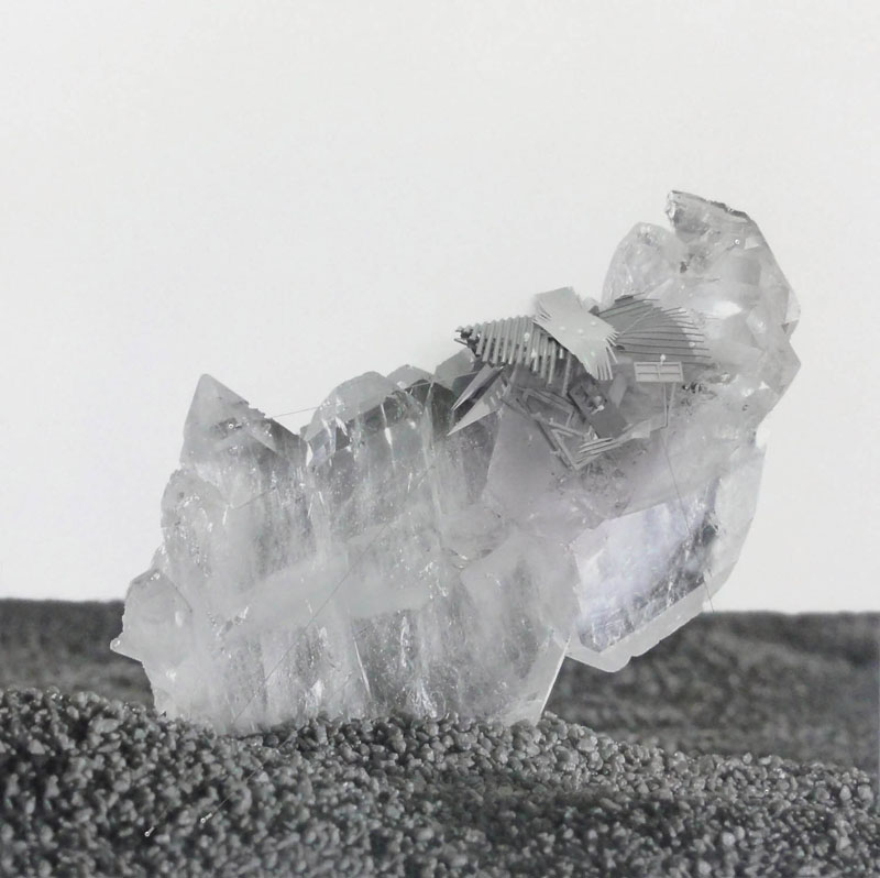 Radiances (Pakistan faden quartz in critical distance), 2011