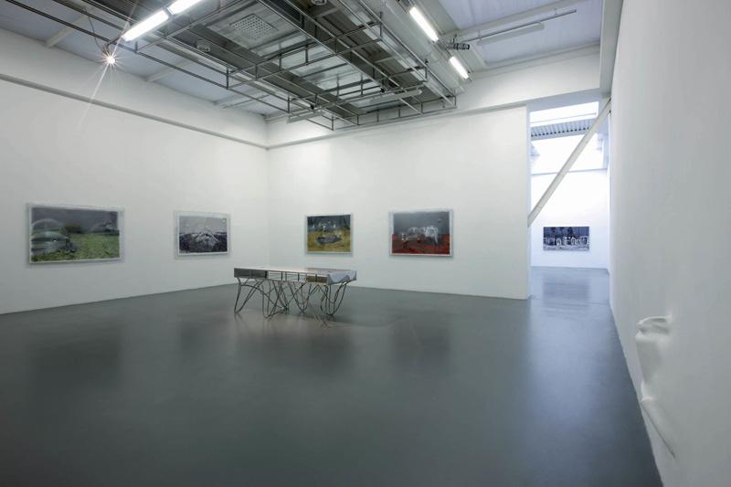 Dotsandloops, 2009