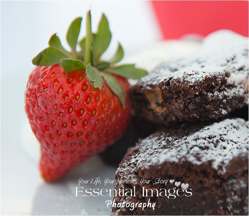 chocolate brownie and strawberry