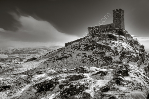 brentor-church-snow