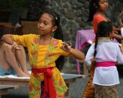 Young Balinese dancer at the Alila Hotel, Bali